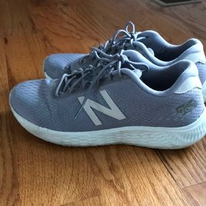 New Balance Size 8 Preloved Grey Sneakers